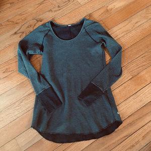 Lululemon women's reversible long sleeve shirt